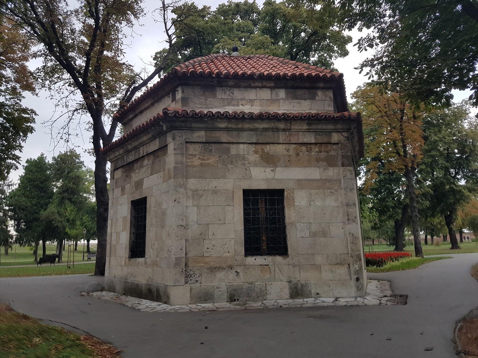 Turska, Šejk Mustafina grobnica na Kalemegdanu