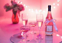 Boca vina, rođendanska proslava; Foto: pixabay.com