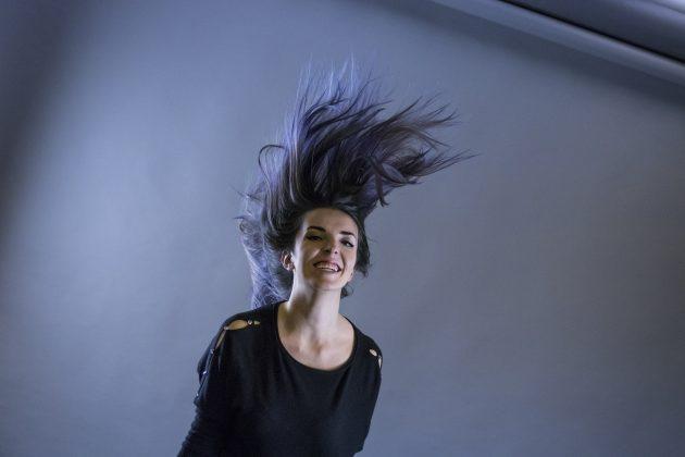 Loreal Colorista, Indigo plava kosa; Foto: Aleksandar Cile Leštarić