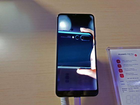 Prednji deo telefona; Huawei P20 Pro