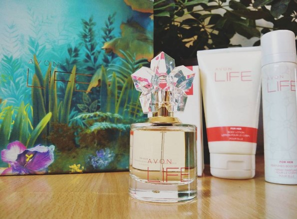 Avon LIFE kolekcija, parfem, losion i dezodorans