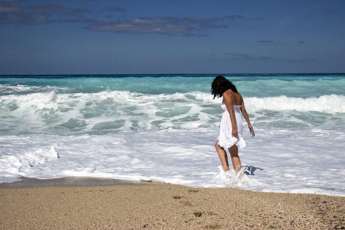 Plaža, more, leto; Foto: pexels.com
