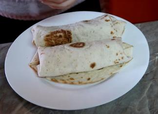 Hotdog tortilje, ideja za recept za doručak; Foto kovalska.rs