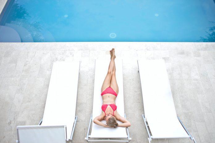 Top 10 kupaći kostim za 2021 godinu; Foto pexels.com